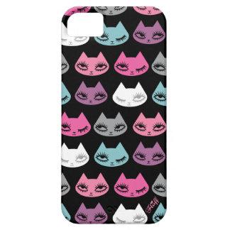 Caso de Iphone del gatito por la pelusa iPhone 5 Case-Mate Cárcasa