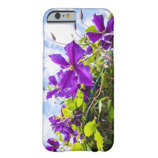 caso del iPhone 6/6s con el clematis violeta Funda Barely There iPhone 6