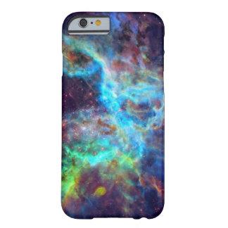 Caso del iPhone 6 de la galaxia/de la nebulosa Funda De iPhone 6 Barely There