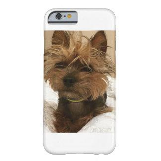 caso del iPhone con el perro divertido Funda Barely There iPhone 6