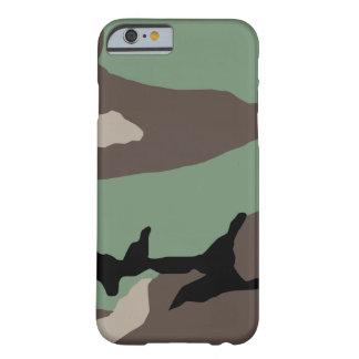 Caso militar del iPhone 6 del camuflaje del Funda De iPhone 6 Barely There