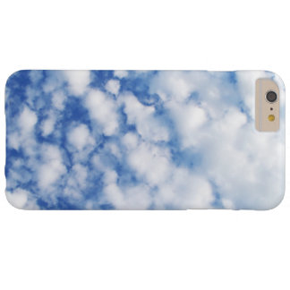 Caso mullido del iPhone de las nubes Funda Barely There iPhone 6 Plus