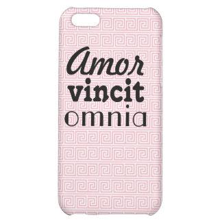 Caso rosado del iPhone 5 El amor conquista todos