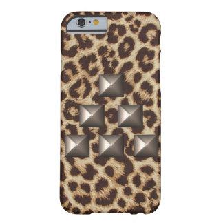 Caso tachonado triángulo del guepardo funda de iPhone 6 barely there
