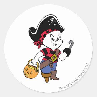 Casper en traje del pirata pegatina redonda