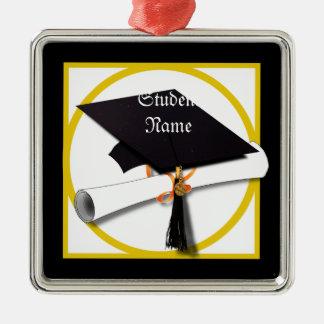Casquillo y diploma de la graduación ornatos