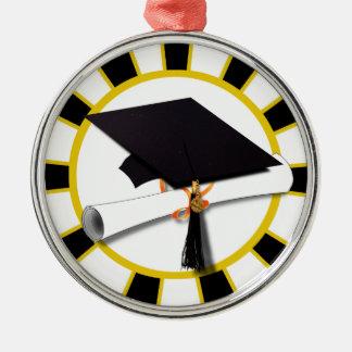 Casquillo y diploma del graduado con negro y oro d ornamentos de navidad
