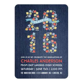 Casquillos 2016 de la graduación en la invitación