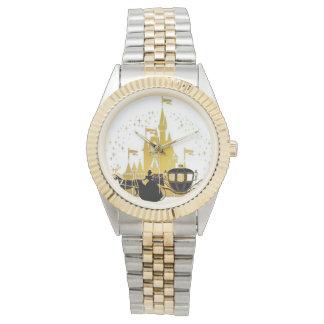 castillo del cuento de hadas y reloj de la pulsera