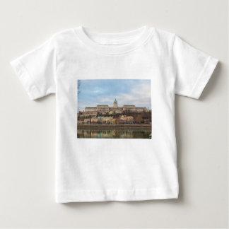 Castillo Hungría Budapest de Buda en el día Camiseta De Bebé