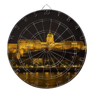 Castillo Hungría Budapest de Buda en la noche Diana