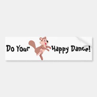 Castor del dibujo animado que hace una danza feliz pegatina para coche