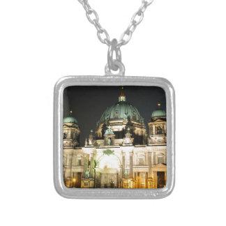 Catedral de Berlín (Dom del berlinés) Collar Plateado