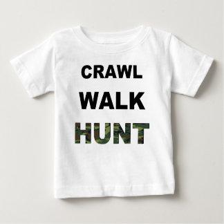 caza del paseo del arrastre camiseta de bebé