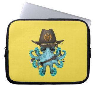 Cazador del zombi del pulpo del bebé azul funda para ordenador
