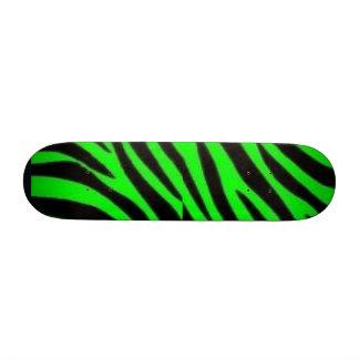 Cebra negra y verde patinetas personalizadas
