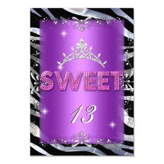 Cebra púrpura rosada del décimotercero cumpleaños invitación 8,9 x 12,7 cm