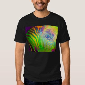Cebra salvaje psicodélica de la vida camisetas