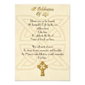 Celebración del nudo y de la cruz célticos de la invitación 12,7 x 17,8 cm