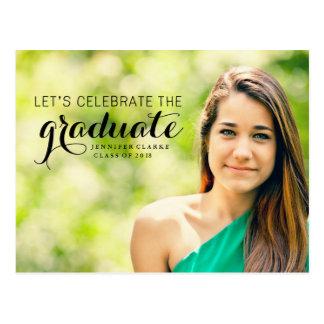 Celebre la postal graduada de la foto