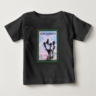 Celtic Alba Alba de Saltire del cardo de Gu Bràth Camiseta De Bebé