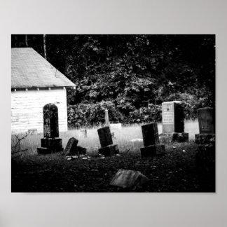 Cementerio blanco y negro del país póster