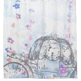 Cenicienta inspiró la cortina de ducha del carro