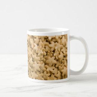Centenares de cereales amarillos de las estrellas  taza de café