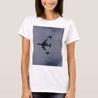 Centinela escoltado por tifones camiseta
