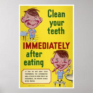 Cepille a sus niños dentales de la salud de los póster