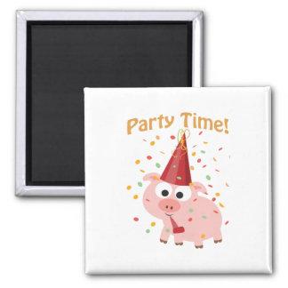 Cerdo del confeti del tiempo del fiesta imán cuadrado