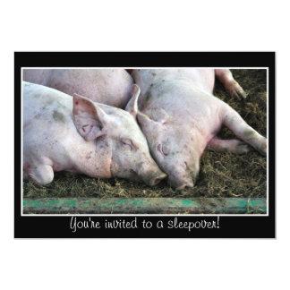 Cerdos que duermen, invitación del sleepover