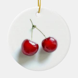 Cerezas rojas adorno redondo de cerámica