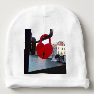 cerradura del amor en Venecia Gorrito Para Bebe