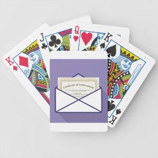 Certificado en vector del sobre baraja cartas de poker