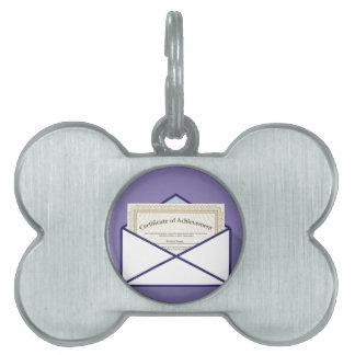 Certificado en vector del sobre placa mascota