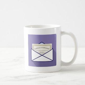 Certificado en vector del sobre taza de café