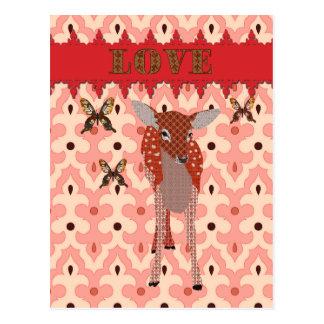 Cervatillo ambarino y poste rosado del amor de las postal