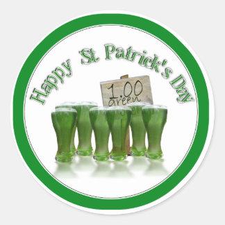¡Cerveza del verde del día de St Patrick para un Pegatina Redonda