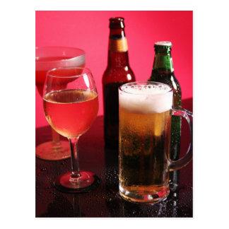 Cerveza, vino, y margarita tarjetas postales