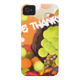 Cesta con la pelota de tenis en acción de gracias carcasa para iPhone 4