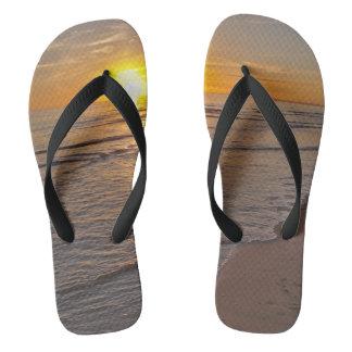 Chanclas Balanceos: Puesta del sol por la playa