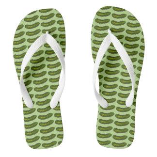 Chanclas En los flips-flopes de la salmuera del verde de