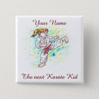 Chapa Cuadrada El karate embroma el alto que golpea al chica con