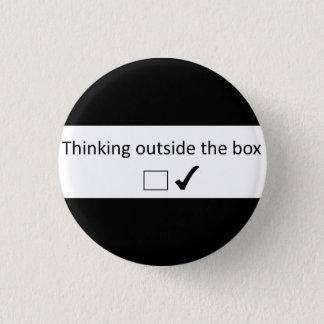 Chapa Redonda De 2,5 Cm Pensamiento fuera de la caja