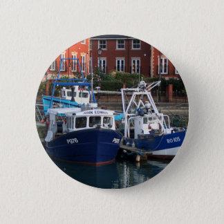 Chapa Redonda De 5 Cm Barcos de pesca, Portsmouth, Inglaterra