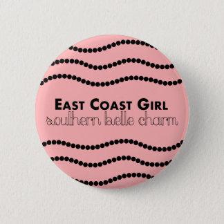 Chapa Redonda De 5 Cm Chica de la costa este con encanto meridional de