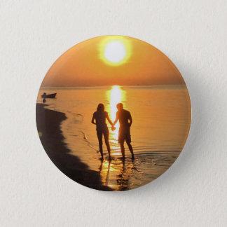 Chapa Redonda De 5 Cm Dos amantes en la salida del sol