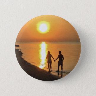 Chapa Redonda De 5 Cm El caminar en la playa