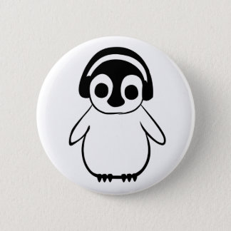Chapa Redonda De 5 Cm El pingüino escucha la insignia de la música